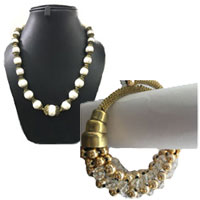 Online Shopping for Rakhi Gifts to India