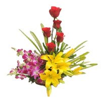 Place Order Yellow Lily, Orchids, Red Rose Basket with Rakhi Delivery in India